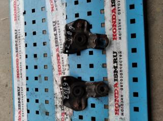 Кронштейн радиатора правый Honda Civic 8 5D 2006-2011