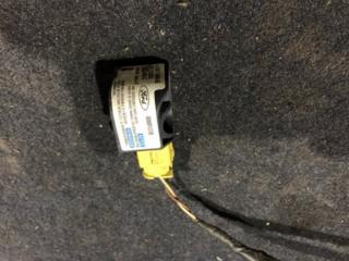 Запчасть датчик airbag FORD FIESTA V 2002 - 2010