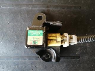 Запчасть датчик airbag Toyota Mark2 blit