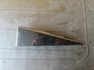 Запчасть уголок двери задний правый Volkswagen TOUAREG 2006
