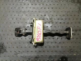 Запчасть ограничитель двери передний левый Cadillac SRX 2006