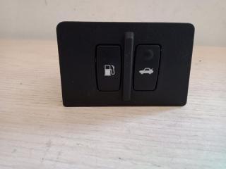 Запчасть кнопка открывания багажника Lexus IS200d 2006