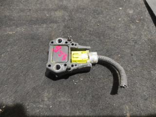 Запчасть датчик airbag Lexus RX400H 2005