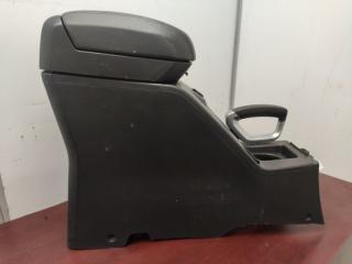 Консоль между сидений Opel Antara