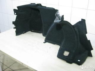Запчасть обшивка багажника левая Toyota Avensis 2006