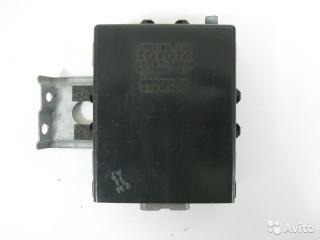Блок управления вентилятором Toyota Camry 1993