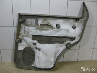 Запчасть обшивка двери задняя левая Ford Escape 2010