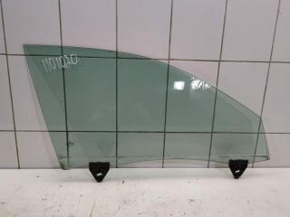 Стекло переднее правое Audi A4 2003