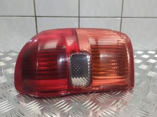 Запчасть фонарь правый Toyota RAV4 2002