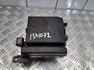 Блок предохранителей моторный Mitsubishi Galant 2006
