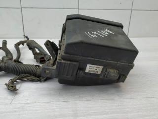 Блок предохранителей моторный Mitsubishi Lancer 2003