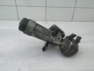 Запчасть кронштейн масляного фильтра VW Passat 2003