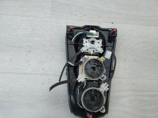 Запчасть блок управления климат-контролем Toyota Yaris 2010