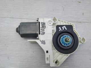Запчасть моторчик стеклоподъемника задний правый Audi A4 2010