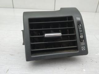 Запчасть дефлектор левый Infiniti M35x 2006