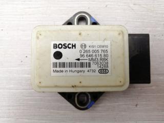 Запчасть датчик курсовой устойчивости Peugeot 308 2010