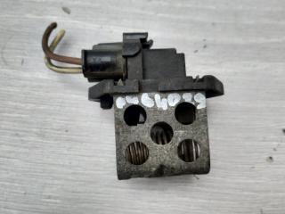 Запчасть резистор вентилятора Renault Megane 2004