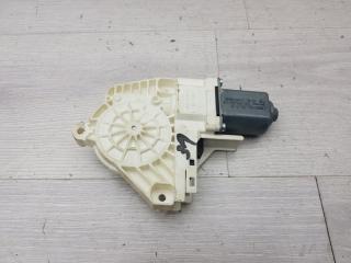 Моторчик стеклоподъемника задний левый Skoda Yeti 2009