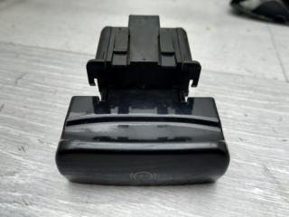 Кнопка стояночного тормоза