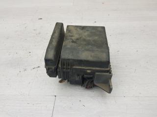 Блок предохранителей моторный Mitsubishi Galant 2003