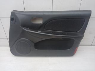 Обшивка двери передняя правая Hyundai Sonata 2004