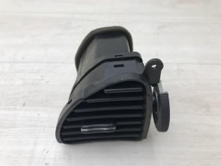 Запчасть дефлектор центральный правый Hyundai Elantra 2005