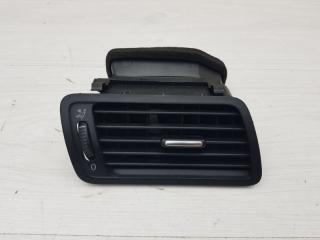 Дефлектор правый VW Passat 2005