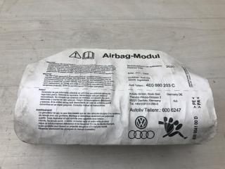 Подушка в торпедо Audi A8 2005