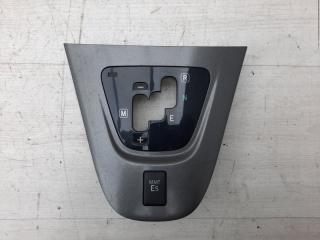 Накладка кулисы АКПП Toyota Auris 2008