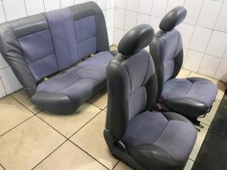 Комплект сидений Mitsubishi Galant 2002
