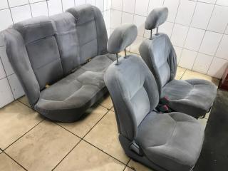 Комплект сидений Mitsubishi Galant 2003
