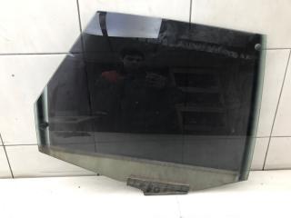 Запчасть стекло заднее правое Audi 80 1990