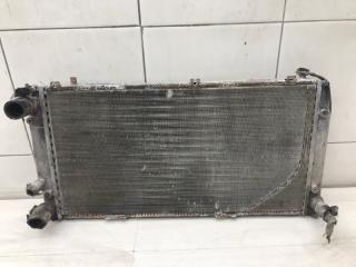 Запчасть радиатор основной Audi 80 1990