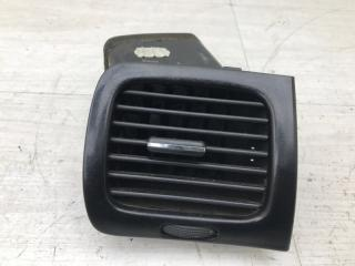 Запчасть дефлектор правый Peugeot 607 2001
