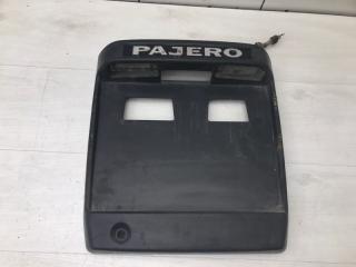Накладка крышки багажника Mitsubishi Pajero 3 2001