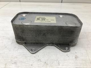 Радиатор масляный Audi A8 2005