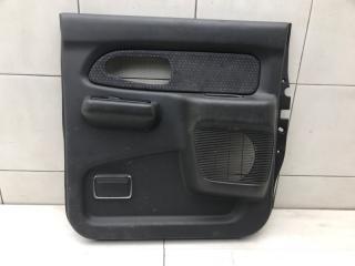 Запчасть обшивка двери задняя правая Mitsubishi L200 2001