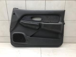Обшивка двери передняя правая Mitsubishi L200 2001