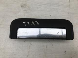 Запчасть ручка двери передняя правая Mitsubishi L200 2001