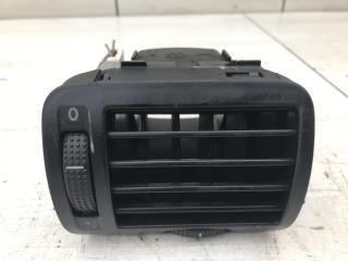 Дефлектор правый VW Passat 2002