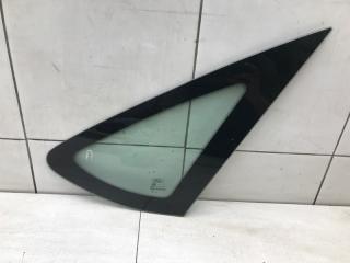 Запчасть форточка в крыло правая Ford Focus 2008
