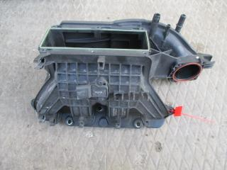 Коллектор впускной Volkswagen Touran 2003-2007