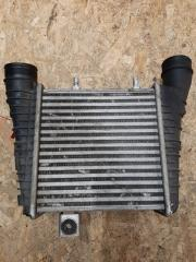 Интеркулер правый Audi A8 2010-2018