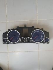 Щиток приборов Volkswagen Touareg 2003-2010