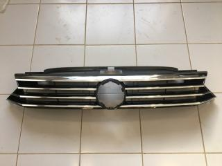 Решетка радиатора Volkswagen Passat 2016-