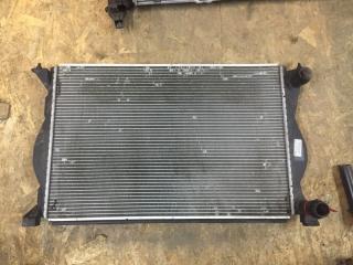 Радиатор охлаждения Audi A6 2005-2011