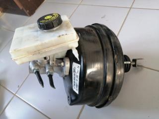 Вакуумный усилитель тормозов BMW X3 2012
