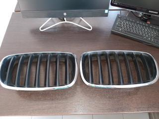 Решетка радиатора передняя BMW X5 2009-2013