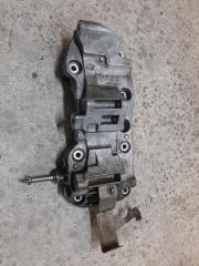 Кронштейн генератора и компрессора кондиционера передний BMW X5 2013-2018