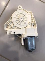 Запчасть мотор стеклоподъемника задний правый Audi A6 2016-